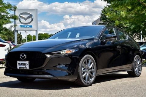 New 2019 Mazda Mazda3 Preferred Base 4D Hatchback in Longmont
